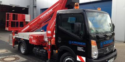 Unsere LKW - Arbeitsbühne Ruthmann TB 270 - mobile Hebebühne - GG von 3,5t mit 27 Meter Arbeitshöhe- seitlichen Reichweite von 14 Meter mit PKW Führerschein mieten auch ohne Bedienpersonal