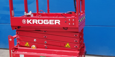Minischerenhebebühne mieten - Neu bei Krüger Lift - Mit 6,30m Arbeitshöhe und einem Gewicht von 915 kg bei einer Breite von 76 cm. Die wendige S63E08 von PB Lifttechnik finden Sie in unserem Mietprogramm unter Scherenhebebühnen